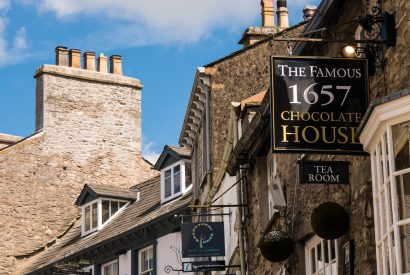 Heritage - 1657 Chocolate House dates from the 1630s on the cobbled streets of Branthwaite Brow and